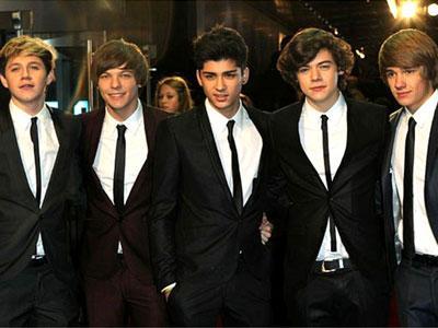 Intip Kehidupan 5 Cowok Tampan Saat Tour Dalam Film 3D One Direction