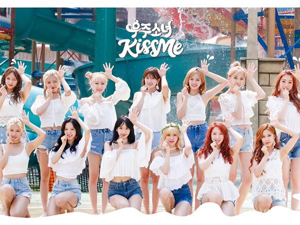 Segar nan Cantiknya Cosmic Girls Curi Perhatian Pria di MV 'Kiss Me'