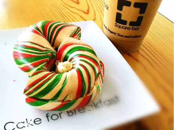 Manisnya Sambut Natal dengan Warna-warni Christmas Bagel