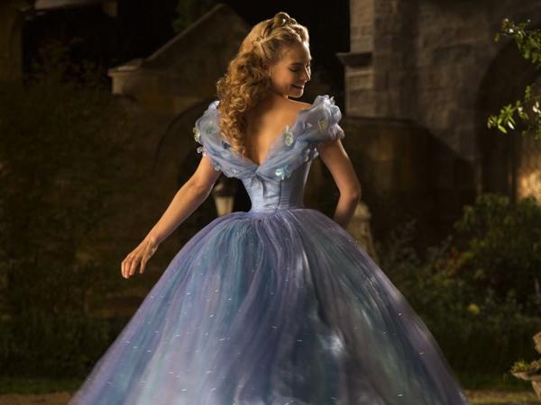 Aktris-aktris Cantik Ini Bertransformasi Secara Menakjubkan dalam Film!
