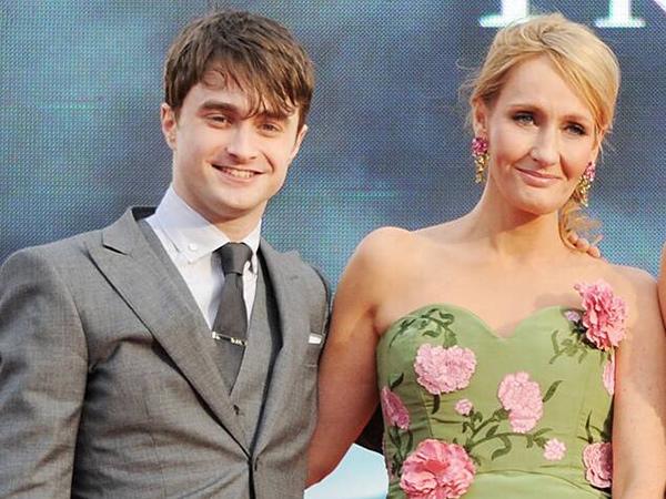 Daniel Radcliffe Komentari Kontroversi Cuitan Anti Transgender JK Rowling