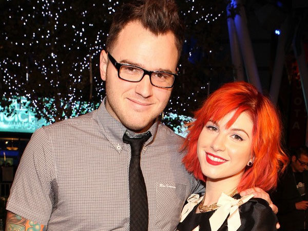 Selamat, Hayley Williams 'Paramore' Resmi Dinikahi Gitaris 'New Found Glory'