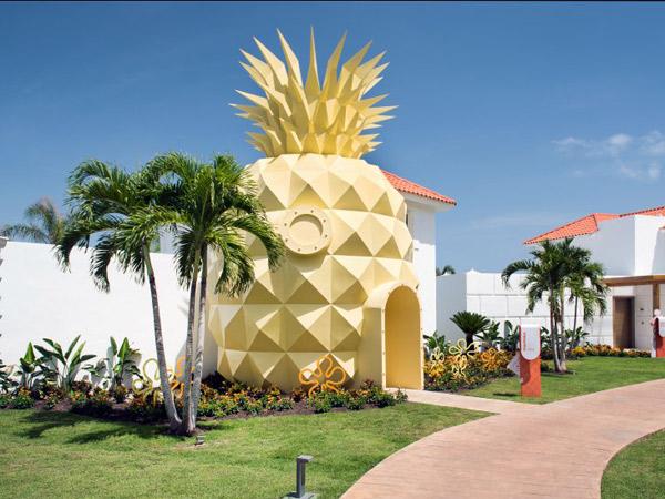 28hotel-spongebob.jpg