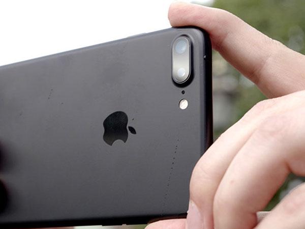 Apple Sengaja Buat iPhone Lemot Setelah Satu Tahun Dipakai?