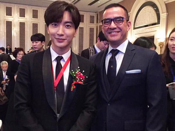 Pembicara Hingga Foto Bareng, Leeteuk SuJu Jadi Sorotan di Pertemuan Bisnis Indonesia-Korea