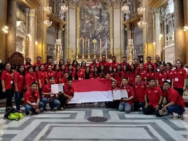 Tuai Rasa Bangga, Paduan Suara Indonesia Ini Juara Kompetisi di Italia!