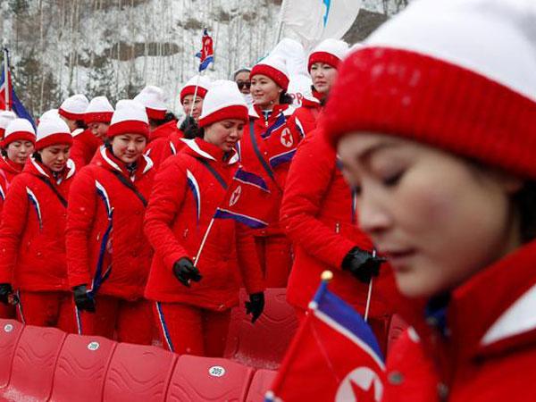 Ternyata Pemandu Sorak Korut di Olimpiade PyeongChang Adalah Para Budak Seks
