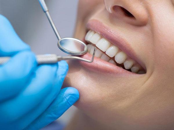 Fakta Mengejutkan di Balik Anjuran Pergi ke Dokter Gigi Setiap Enam Bulan