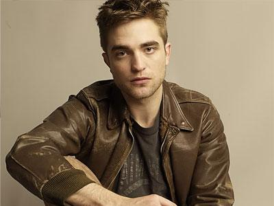 Robert Pattinson Ditodong Senjata Api Dalam The Rover