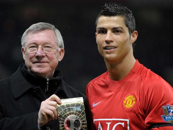 Makan Malam Bersama, Fergie Bujuk Cristiano Ronaldo Balik ke Manchester United?