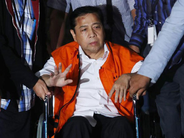 Mulai Terungkap Lebar Aksi Tipu-tipu Kecelakaan Setya Novanto dari Dokter dan Perawatnya
