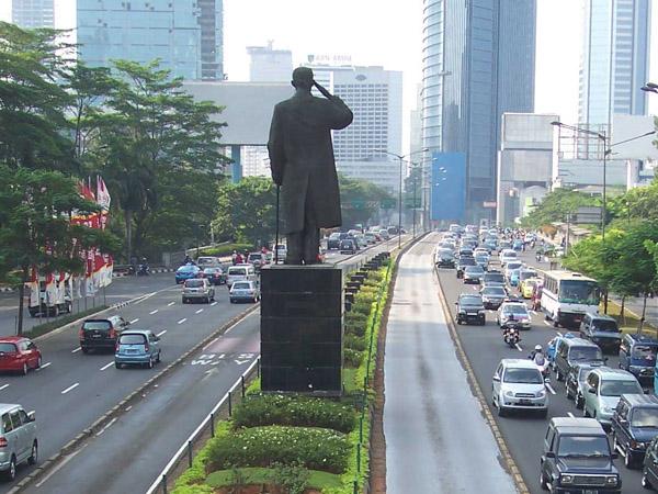 Tak Hanya Motor, Gubernur Ahok Juga Akan Larang Mobil Lintasi Jalur Protokol