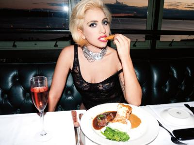 Tepis Rumor Minum Darah Unicorn, Ini Santapan Wajib Lady Gaga Sebelum Manggung!