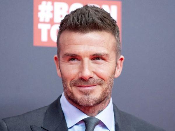 Ketahuan Main Ponsel, David Beckham Dilarang Menyetir Selama 6 Bulan