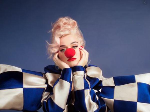 Katy Perry Umumkan Tunda Perilisan Album 'Smile', Ini Alasannya