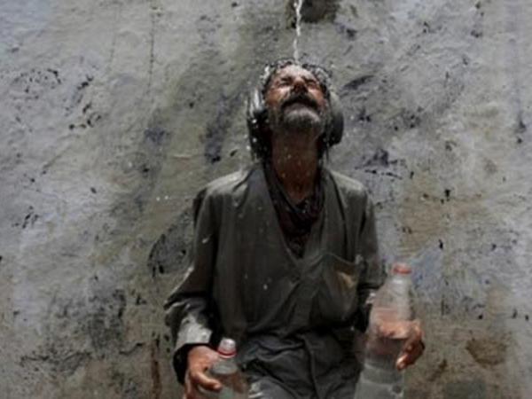 Gelombang Panas Pakistan Mengganas, 830 Tewas