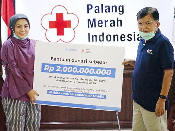 Diterima Langsung Jusuf Kalla, Rachel Vennya Salurkan Donasi Rp 2M ke PMI untuk Lawan Corona