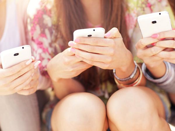 Tes Sederhana Ini Bisa Tunjukkan Apakah Kamu Seorang Pecandu Smartphone atau Bukan