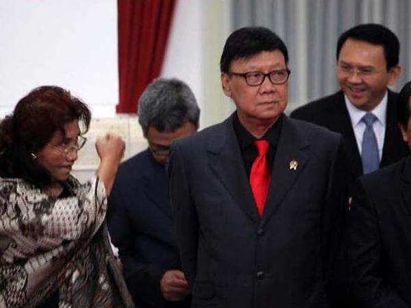 Malah Berujung Kocak, Ini Alasan Sebenarnya Menteri Susi Beri 'Bogem' Untuk Ahok