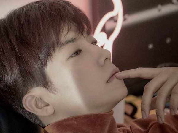 Akhirnya Comeback, Wooyoung 2PM Patah Hati Lalu Berpesta di MV Solo 'Don't Cry' & 'Party Shots'