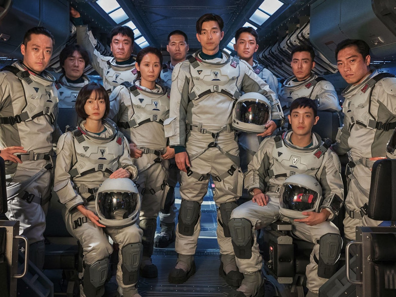 Penampilan Gong Yoo cs Jadi Astronot di Drama Terbaru The Silent Sea