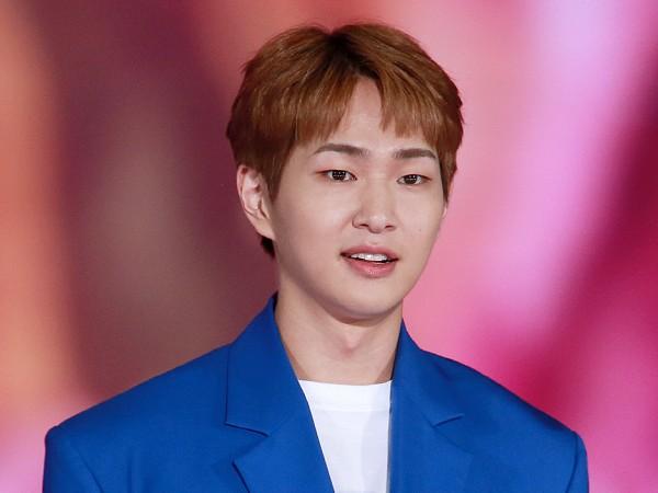 Onew SHINee Bakal Wamil Seminggu Jelang Peringatan 1 Tahun Meninggalnya Jonghyun