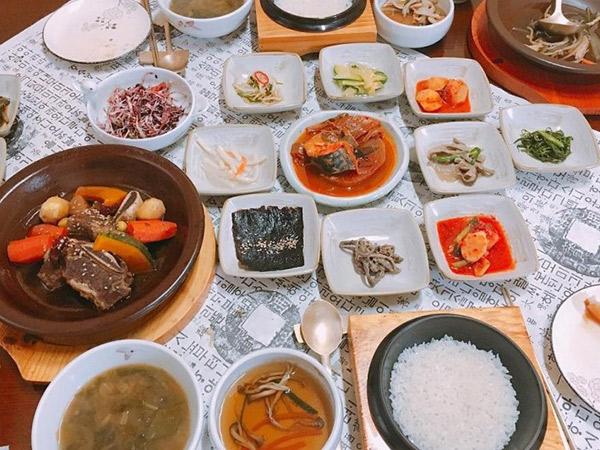 Mengenal Cara Masak Makanan Kerajaan Korea di Institute of Royal Cuisine