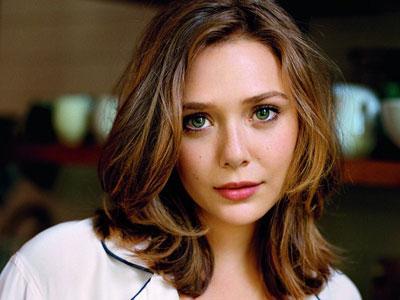 Elizabeth Olsen Ngebet Beradu Akting dengan Robert Downey Jr