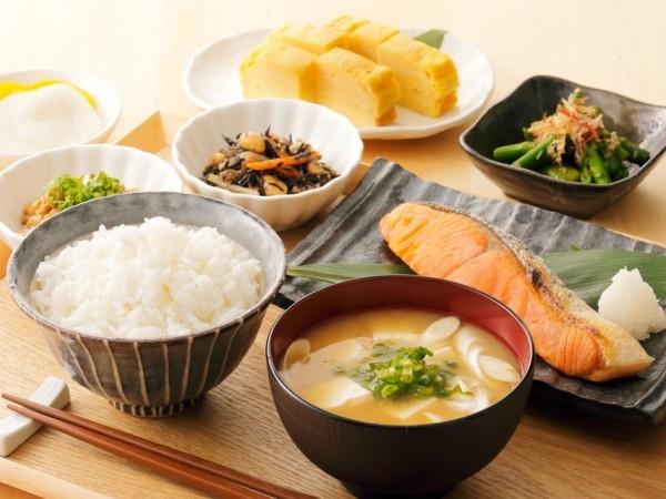 5 Makanan Khas Jepang Yang Sehat dan Mengenyangkan Untuk Sarapan