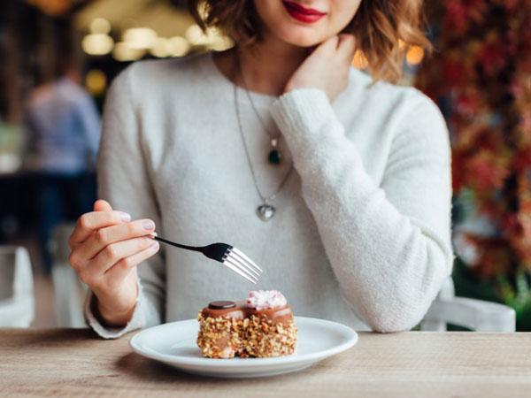 Kulit Kusam dan Masalah Kulit Lainnya yang Timbul Akibat Makanan Manis