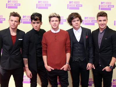 One Direction adalah Boyband Terkaya di Dunia?