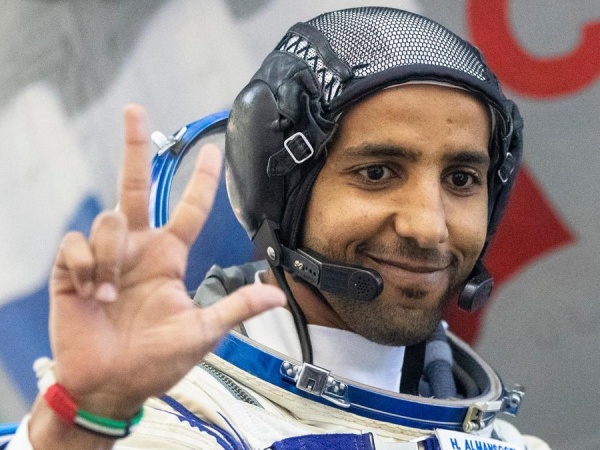 Astronot Arab Ungkap Fakta Mengenai Kontroversi Bumi Usai Pulang Dari Ruang Angkasa