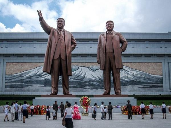6 Hal yang Tidak Boleh Kamu Langgar Jika Berkunjung ke Korea Utara