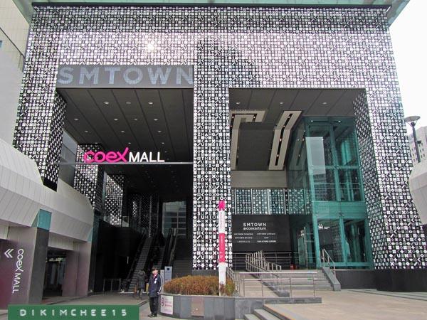 Fans Adukan Pelecehan Seksual dari Staf Keamanan Teater SMTOWN, Ini Kata SM Entertainment