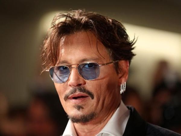 Gabung Instagram, Johnny Depp Beri Semangat Lawan Corona