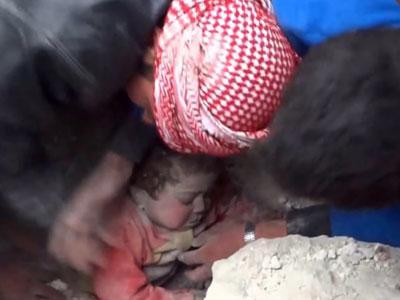 Wow, Bocah Suriah Ini Selamat Setelah Terkubur Hidup-hidup