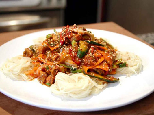 Makanan Unik Ini Disebut Hanya Ditemukan di Korea Selatan