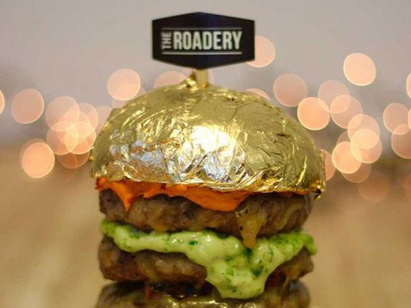 Mengukuhkan Kesan Kota Mewah, Dubai Kini Punya Burger Berlapis Emas 24 Karat
