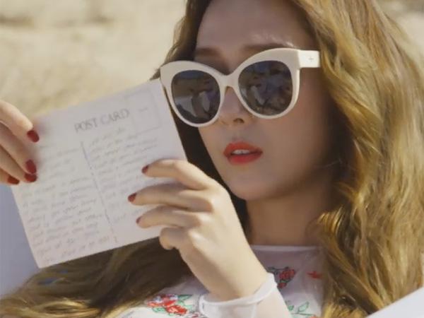 Jessica Jung Berada di Tengah Gurun Pasir di Teaser Video Musik 'Fly'
