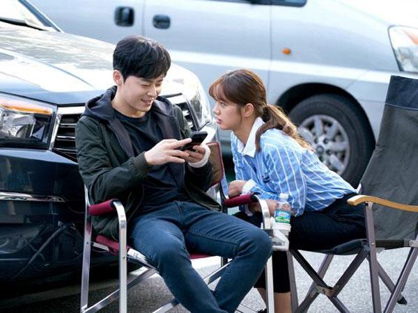 Jo Jung Suk dan Hyeri Girl's Day Unjuk Kedekatan di Balik Layar 'Two Cops'