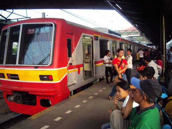 Perhatikan Hal Ini Sebelum Naik KRL dan Bus Transjakarta Gratis di Hari Kemerdekaan