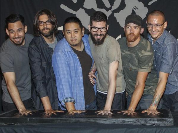 Linkin Park Gelar Acara Khusus untuk Mengenang Chester Bennington