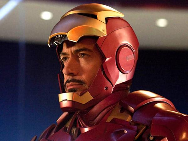 Robert Downey Jr Kenang Momen 'Menyakitkan' Akibat Kostum Iron Man
