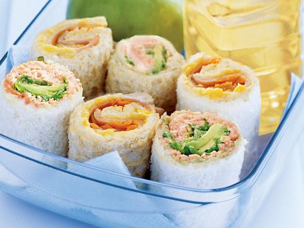 Bosen Bentuk Sandwich yang Biasa? Yuk Kreasikan Resep Ini!