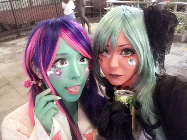 Tren Make Up Unik Asal Jepang Ini Bisa Bikin Kulit Kamu Warna-Warni