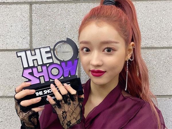 YooA Oh My Girl Raih 1st Win dengan Lagu Solo 'Bon Voyage'