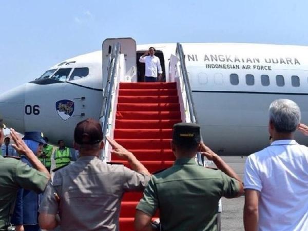 Sempat Diminta Tak Gunakan Fasilitas Meski Masih Jadi Presiden, Mengapa Jokowi Naik Pesawat TNI AU Saat Tinjau Palu?
