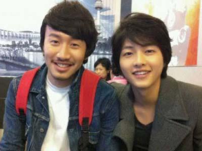 Lee Kwang Soo Khawatir pada Song Joong Ki yang Sedang Wajib Militer?