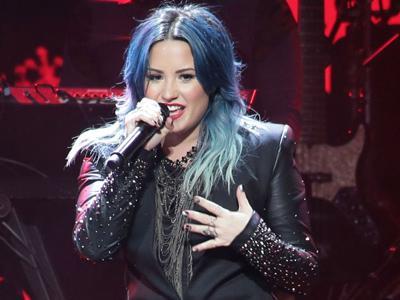 Wah, Demi Lovato akan Bawa 'Rumah'-nya di 'Neon Lights Tour'!
