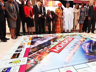 Di Afrika, Harus Jago Permainan Monopoli Jika Ingin Dapatkan SIM!